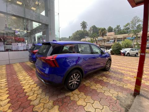 Mahindra XUV700 AX7 diesel: Test-driven by an XUV300 owner