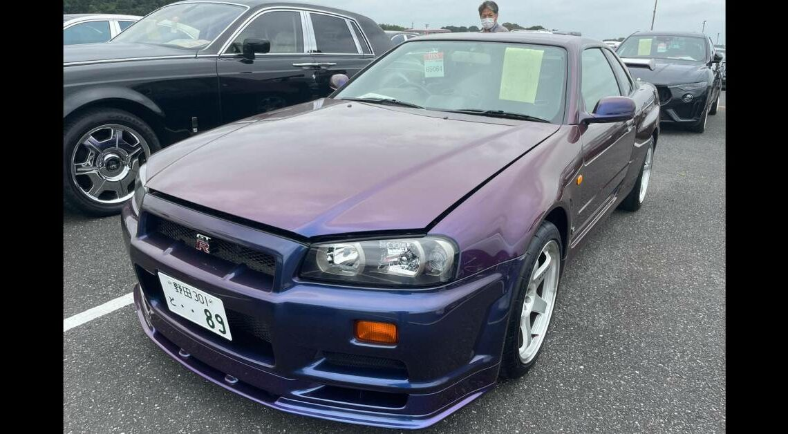 Mint R34 Nissan GT-R V-Spec sold for a record RM1.38 million!